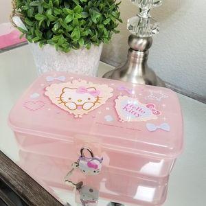 🆕️ Hello Kitty Organizer Box w/ lock and keys